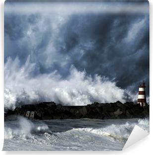 Vinylová Fototapeta Bouřlivé vlny proti majáku