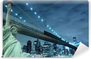 Vinylová Fototapeta Brooklyn Bridge a Socha svobody v noci