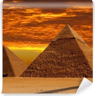 Vinylová Fototapeta Dramatické pyramidy
