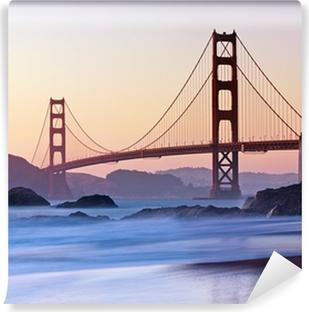 Fototapeta winylowa Golden Bridge w San Francisco Gate at Dusk