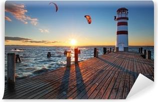 Vinylová Fototapeta Maják na Neziderské jezero při západu slunce