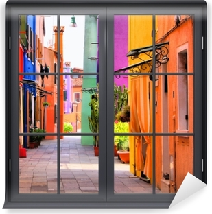 Fototapeta samoprzylepna Okno czarne zamknięte - Kolorowa ulica w Burano. Włochy.