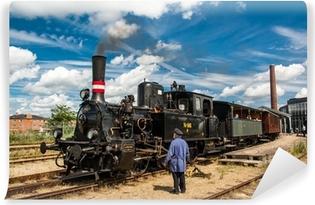 Vinylová Fototapeta Starý vlak a strojník