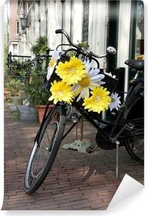 Vinylová Fototapeta Symbol of Amsterdam, půjčovna zdobené květinami