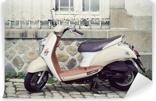 Vinylová Fototapeta Vespa motocykl zaparkovaný na ulici