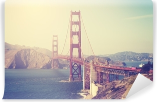 Fototapeta Winylowa Widok na Golden Gate Bridge w tonacji vintage.