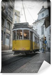 Vinylová Fototapeta Yellow tramvaj v Lisabonu