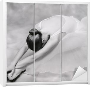 Bailarina 1 Garderobe klistermærke