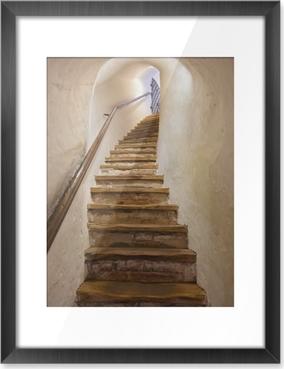 Gerahmtes Bild Treppen im Schloss Kufstein - Österreich