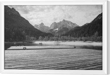 Gerahmtes Leinwandbild Schöner szenischer See Jasna im Sommer, Kranjska Gora, Slowenien