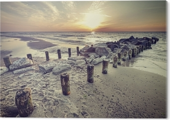 Impressão em Alumínio (Dibond) Por do sol bonito do estilo retro do vintage sobre o mar Báltico.