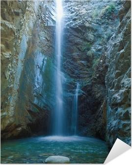 Chantara vesiputouksia trodos vuoristossa, kypros Itsestäänkiinnittyvä Juliste