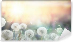 Kynsilakka auringonlaskun aikaan - bokeh ja allergia Itsestäänkiinnittyvä Valokuvatapetti