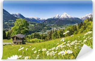 Luonnonkaunis maisema bavarian alpeilla, berchtesgaden, saksa Itsestäänkiinnittyvä Valokuvatapetti