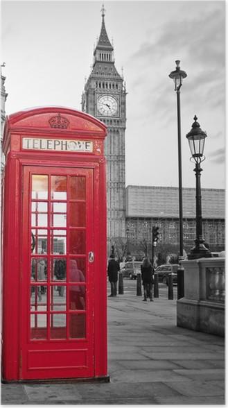 Punainen puhelinpuhelin lontoossa, jossa iso ben mustavalkoisena Juliste -
