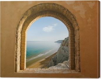 Kaareva ikkuna rannikon rannikon maisemaan Kangaskuva