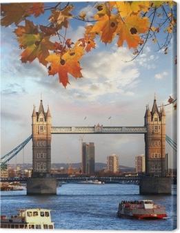 Tower Bridge syksyn lehdet Lontoossa, Englannissa Kangaskuva