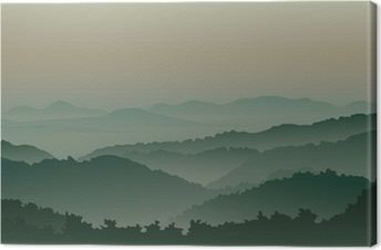 Vihreät vuoret sumussa Kangaskuva