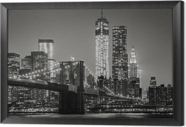New York yöllä. brooklyn silta, alempi manhattan - musta Kehystetty Kangas