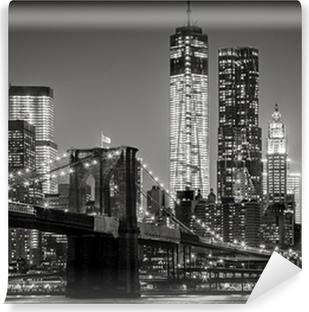 Kendinden Yapışkanlı Duvar Resmi Gece New York. Brooklyn Köprüsü, Aşağı Manhattan - Siyah bir