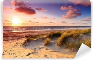 Kendinden Yapışkanlı Duvar Resmi Gün batımında kum tepeleri ile sahil
