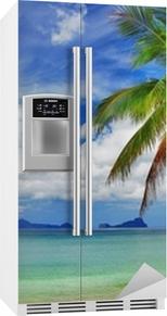 Vakkert avslappende tropisk landskap Kjøleskapsklistremerke