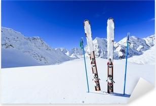 Ski, vintersæson, bjerge og skiudstyr Pixerstick klistermærke