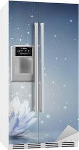 Waterlily lyseblå på vand - eventyr baggrund Køleskab klistermærke