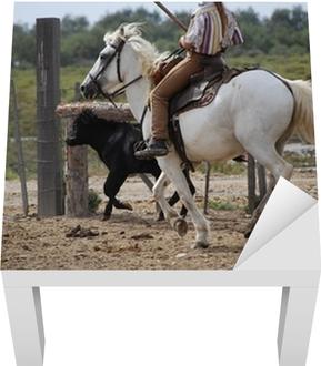 Cheval blanc de camargue et taurillon. Wall Mural • Pixers® • We live to  change 71149e45dbe