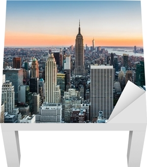 New York skyline at sunset Lack Table Veneer