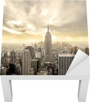 Lack-Tischaufkleber Bewölkter Himmel über Manhattan