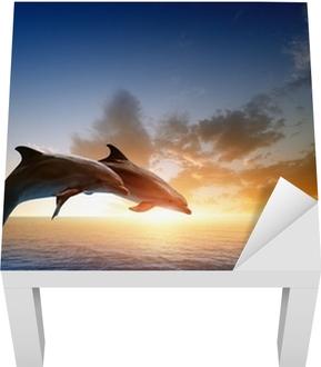 Lack-Tischaufkleber Delphine springen -