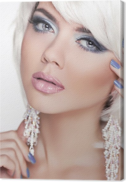 Leinwandbild Ausdrucksstarke Augen. Make Up. Fashion Beauty Girl.  Frauen Portrait Witz