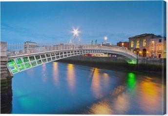 Leinwandbild Die ha'penny Brücke in Dublin bei Nacht, Irland
