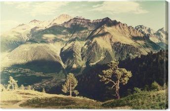 Leinwandbild Jahrgang Landschaft mit Bäumen und Bergen