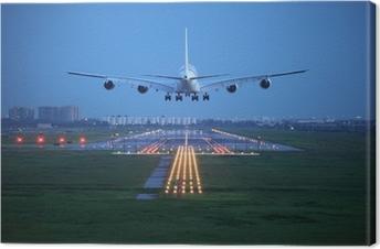 Leinwandbild Passagierflugzeug fliegen bis über Take-off Piste vom Flughafen