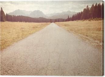 Leinwandbild Straße in Richtung der Berge - Vintage Bild