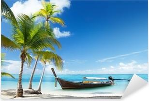 Naklejka Pixerstick Drewno łodzi na plaży