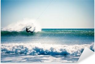 Naklejka Pixerstick Kite surfing na falach.