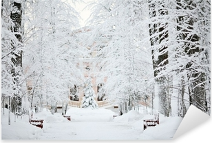 Naklejka Pixerstick Mroźna zima śnieg krajobraz lasu