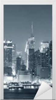 Naklejka na drzwi New York City Manhattan w czerni i bieli