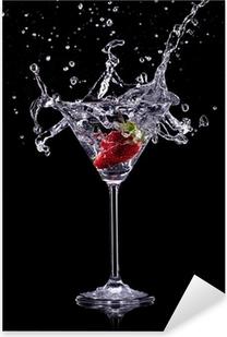 Naklejka Pixerstick Pić martini na ciemnym tle
