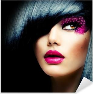 Naklejka Pixerstick Portret mody model brunetka. Fryzura
