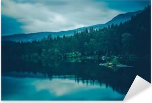 Naklejka Pixerstick Spokojne krajobrazy jeziora
