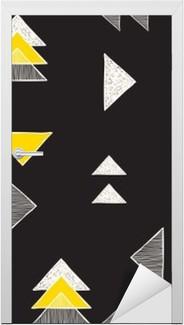 Nálepka na Dveře Bezešvé ručně kreslených trojúhelníky vzorem.