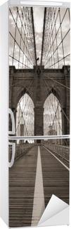 Nálepka na Ledničku Brooklynský most v New Yorku. Sepia tón.