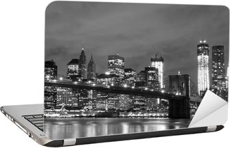 Nálepka na Notebook Brooklyn Bridge a Manhattan Skyline v noci, New York City