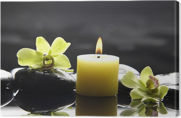Obraz na plátně Aromaterapie svíčku a zen kameny s zelené orchidej reflexe - Životní styl, péče o tělo a krása