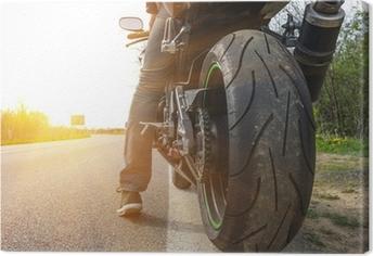 Obraz na płótnie Motocykl na boku ulicy