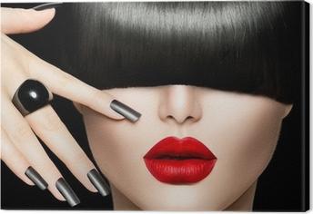 Obraz na płótnie Piękna Dziewczyna Portret z stylu Trendy Hair, makijaż i manicure